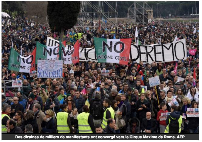 Image - Le Dauphiné Libéré – Une marée humaine défile contre le Pacs italien