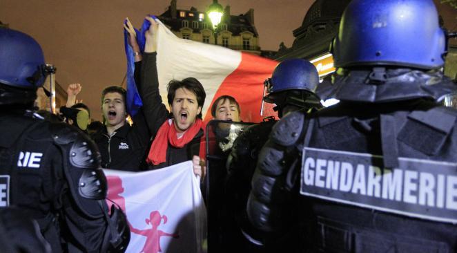 """Image - Atlantico écrit : """"Pourquoi la répression """"disproportionnée"""" de la Manif pour tous est bien plus qu'un simple accident de parcours de ce gouvernement"""""""