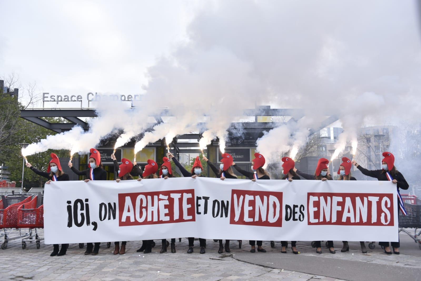 Image - Non à la commande d'enfants en plein cœur de Paris