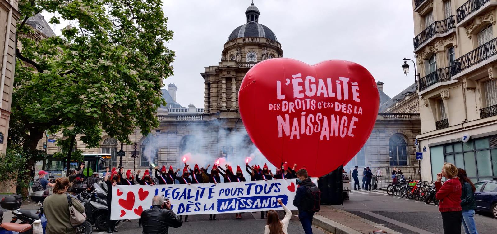 Image - PMA : Emmanuel Macron doit tenir son engagement !